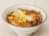 鯛と塩こんぶの柚子風味炊き込みご飯
