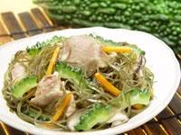 満点おかずきざみ昆布と豚肉の炒め煮+ゴーヤ(ゴーヤチャンプル)