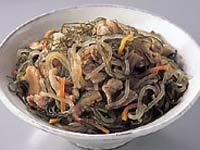 満点おかずきざみ昆布と豚肉の炒め煮+糸こんにゃく