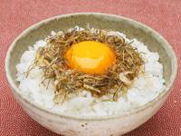 いか昆布ふりかけで卵かけご飯